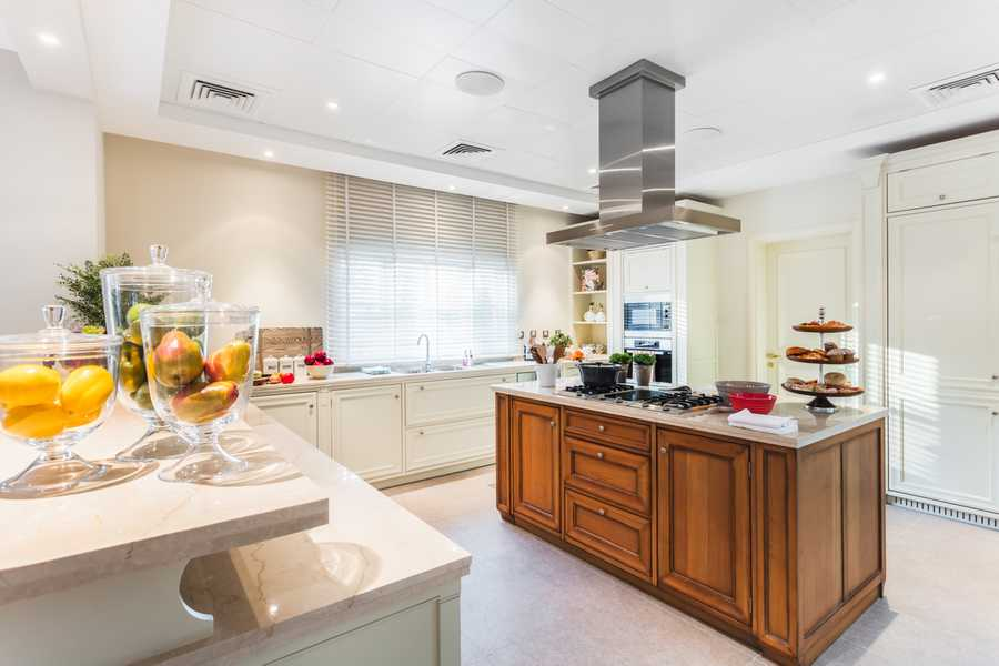 Redwood Avenue – Kitchen