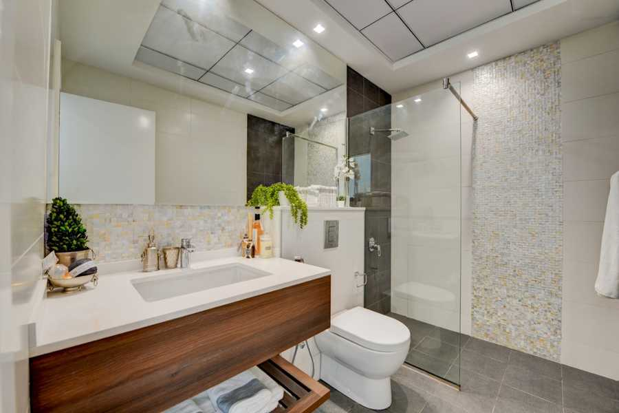 Prime Views – Bathroom