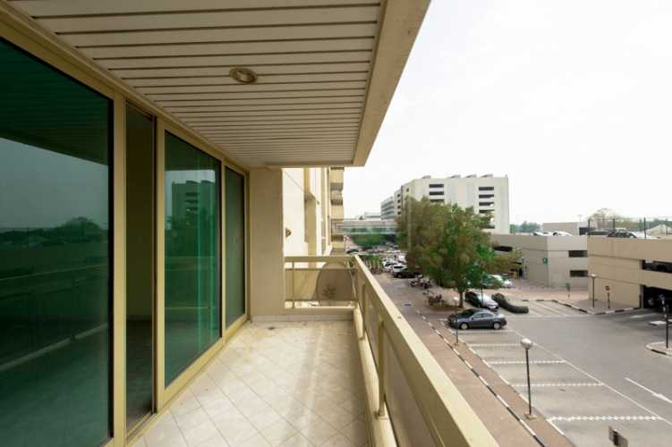Al Rostamani Tower A – Balcony