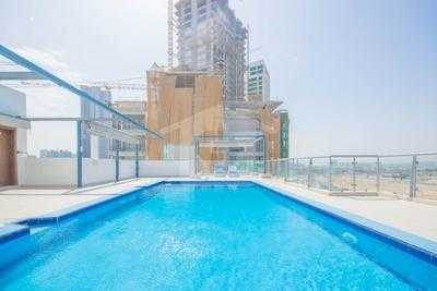 Bahia Residences 1 – Swimming Pool