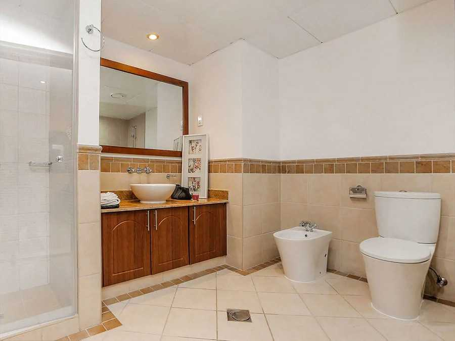 Al Badia Hillside – Bathroom