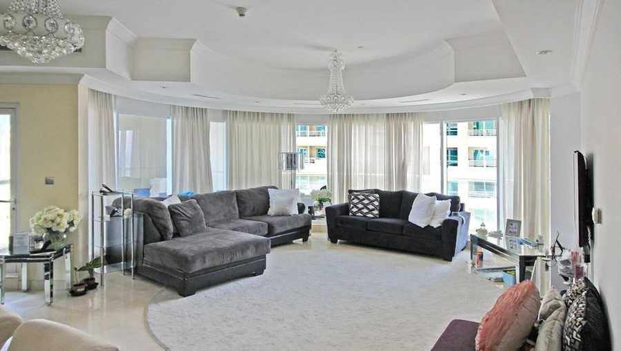 Trident Waterfront – Living Room