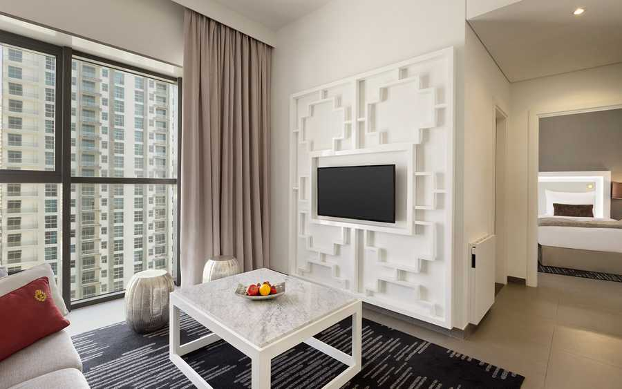 Wyndham Tower – Living Room