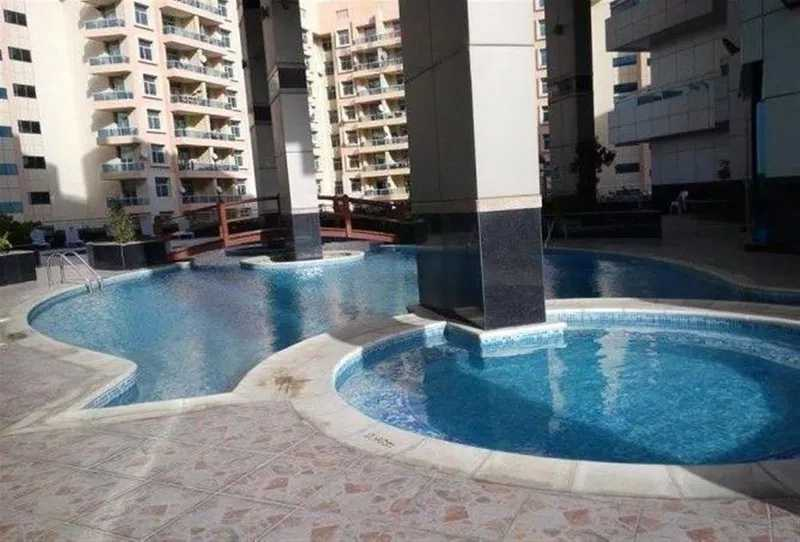 Axis Residence 2 – Swimming Pool